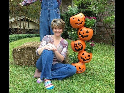 How to make a Topsy Turvy Pumpkin Planter Tutorial