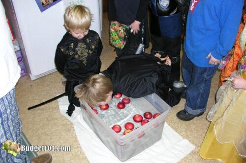 bobbing for apples halloween