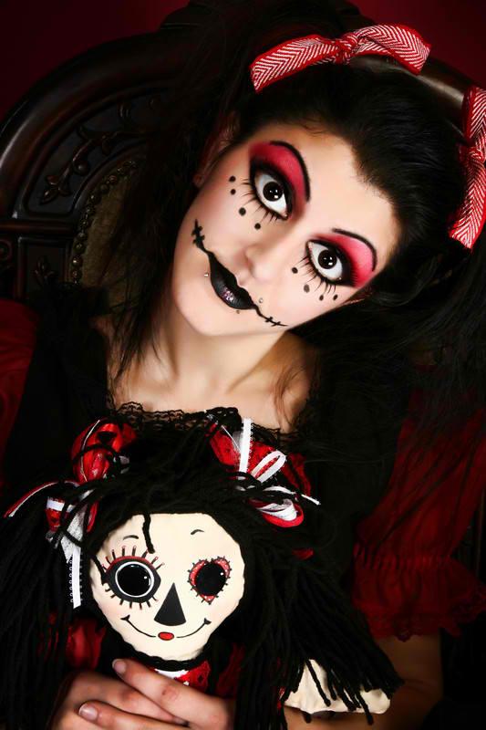sexy-goth-doll-costume-idea