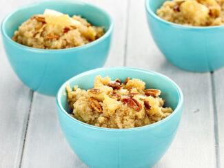 apple cinnamon quinoa breakfast bowl