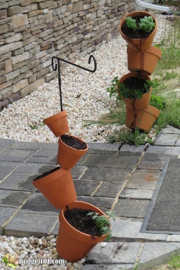 b101-entryway-tipsy-pots