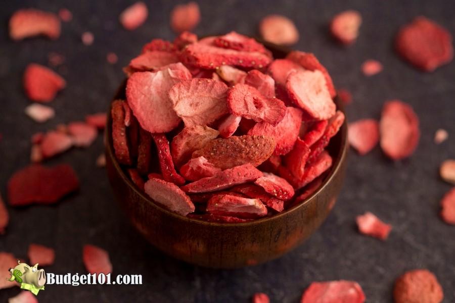 B101-dry-strawberries