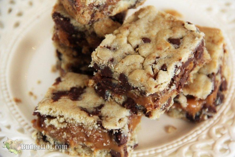 chocolate chip caramel cookie bar