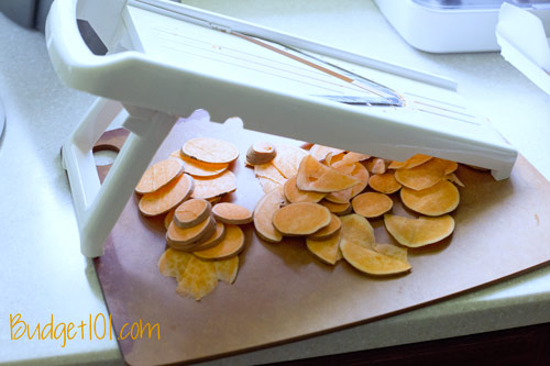 omg-baked-sweet-potato-chips