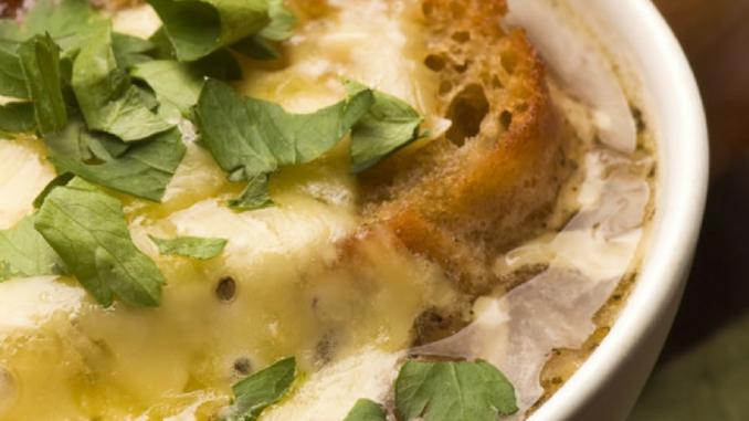 5ca00e333c3d8 french onion soup
