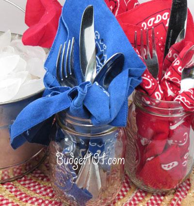 4th-of-july-mason-jar-place-settings