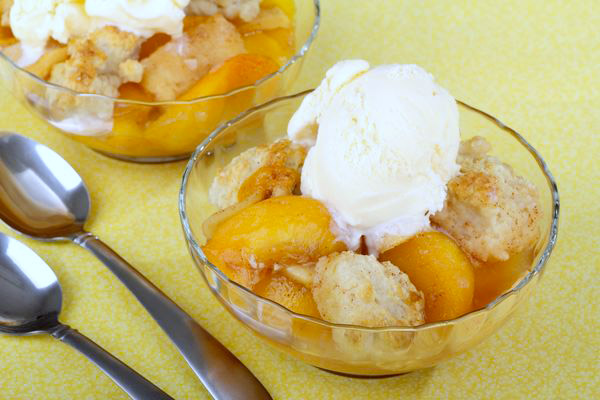 perfect-peach-cobbler
