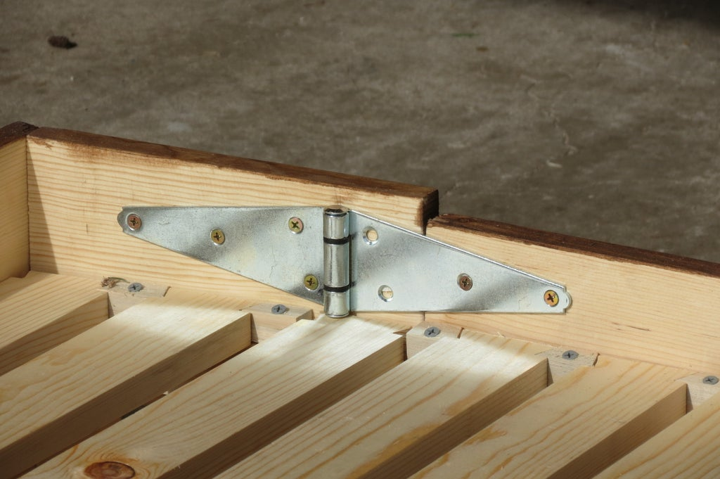 bed hinges