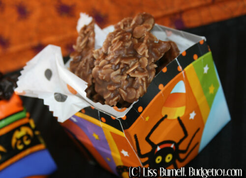 halloween treat baskets from paper plates