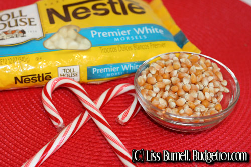 peppermint-bark-popcorn