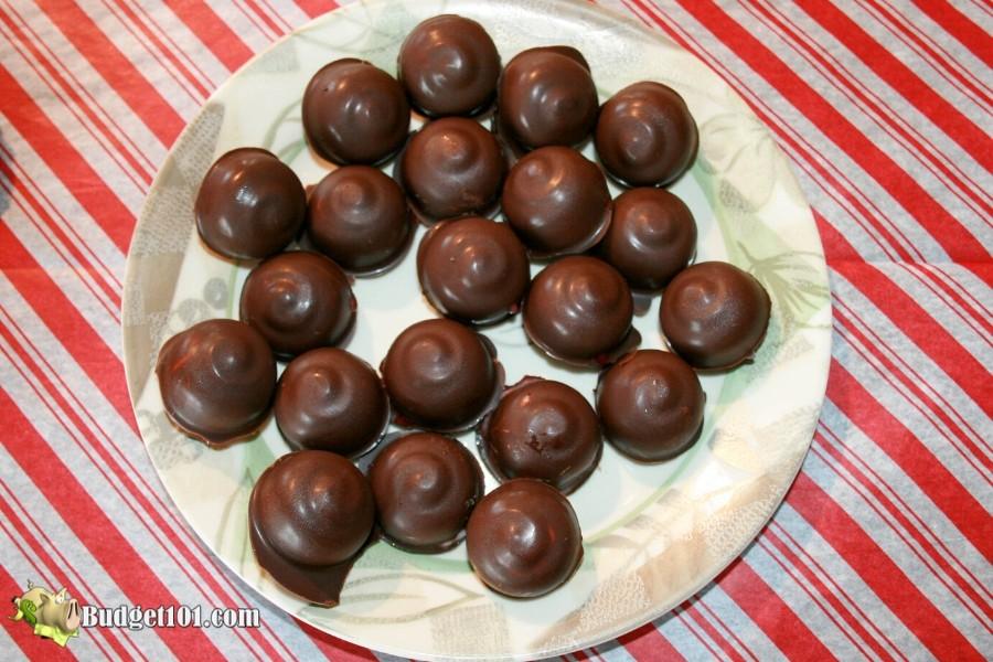 b101-myo-liquid-center-chocolate-covered-cherry-cordials