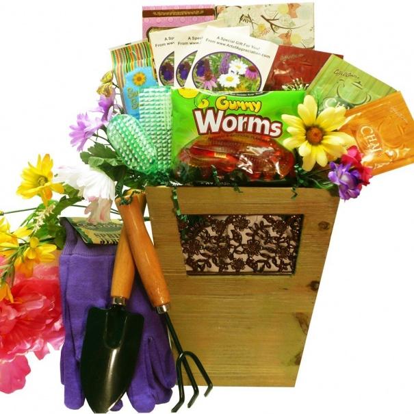 gift-basket-for-the-gardener-2
