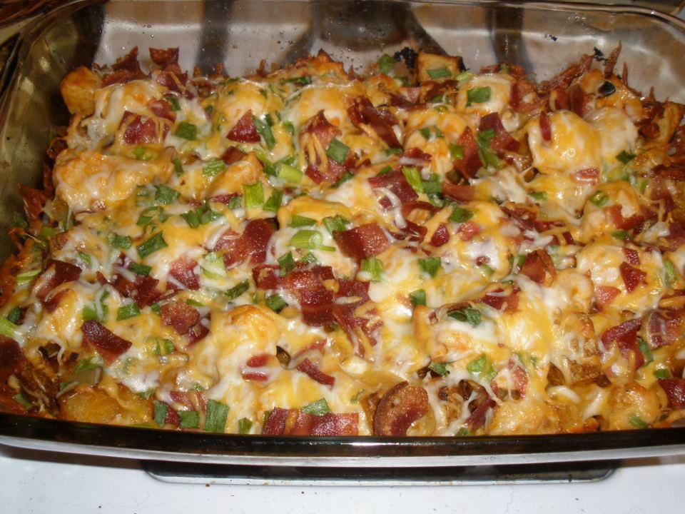 loaded-potato-and-buffalo-chicken-casserole