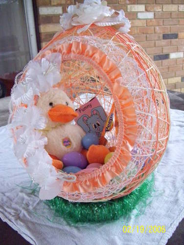 sugar-spun-easter-egg-baskets-and-mini-treats