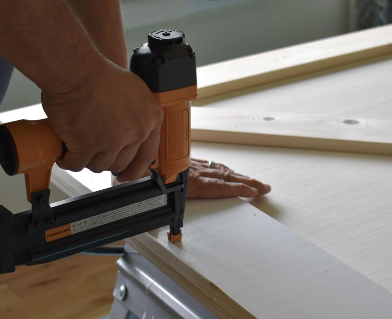 diy-sliding-barn-door-tutorial