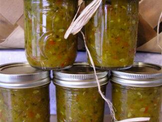 5ca0075945046 make your own zucchini relish