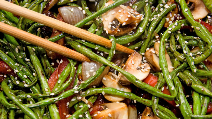 sesame green beans with mushrooms and chestnuts