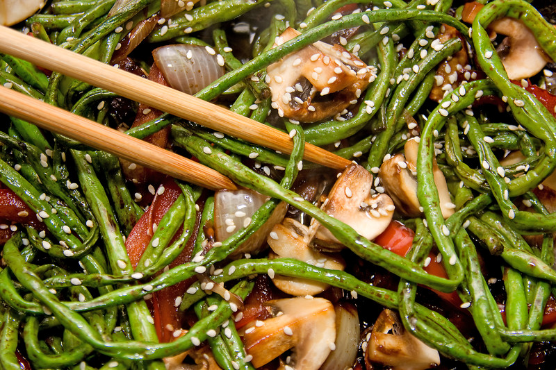 sesame-green-beans-with-mushrooms-and-chestnuts