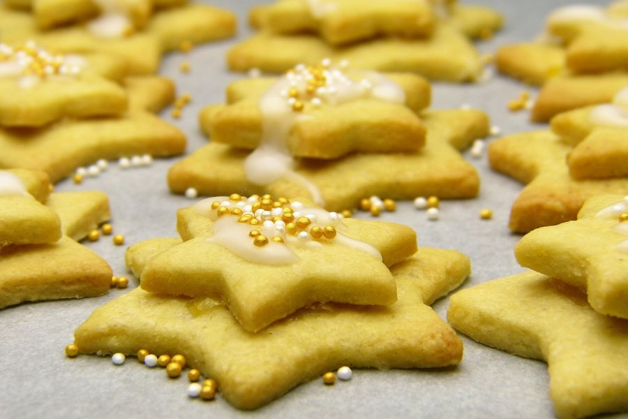 almond-flour-cut-out-sugar-cookies