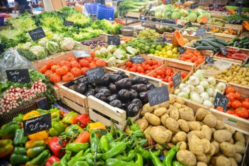 buying fresh fruits veggies on the cheap