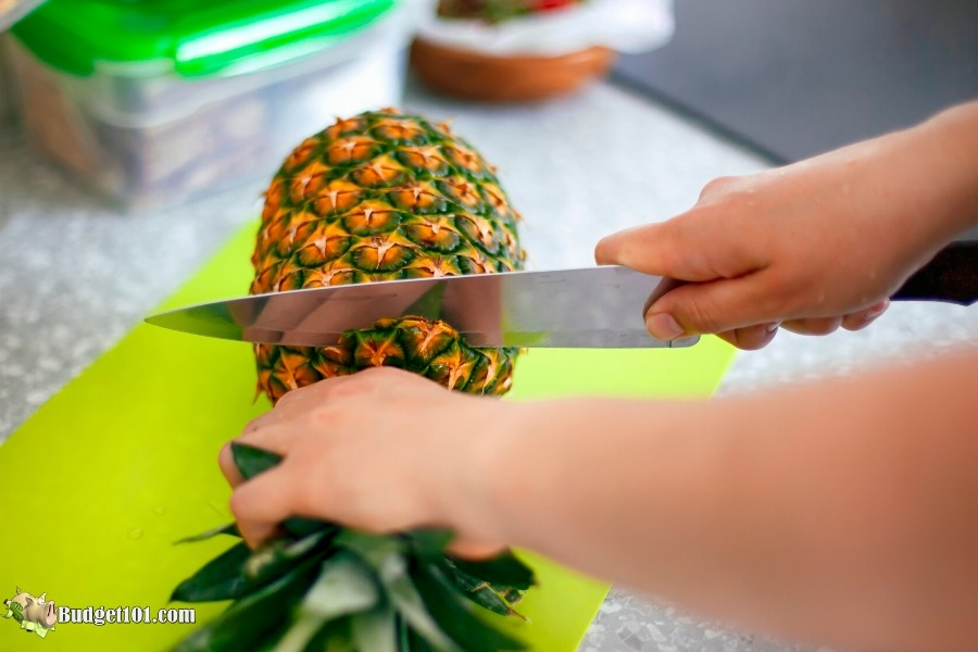 b101-cut-pineapple-top-off