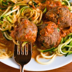 Zoodles with Turkey Meatballs in a Red Pepper Sauce