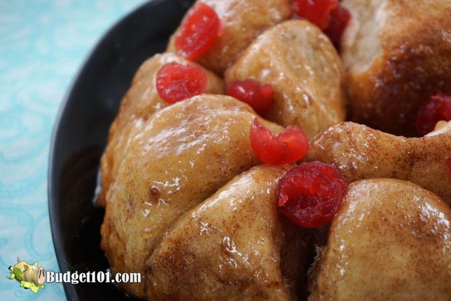 b101-Cinnamon-Roll-Monkey-Bread-5