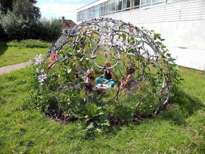 Bicycle Rim Vertical Gardening Dome