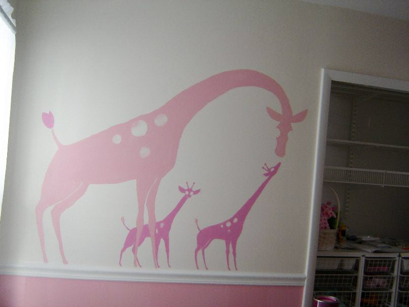 step-5-paint-mural-on-wall