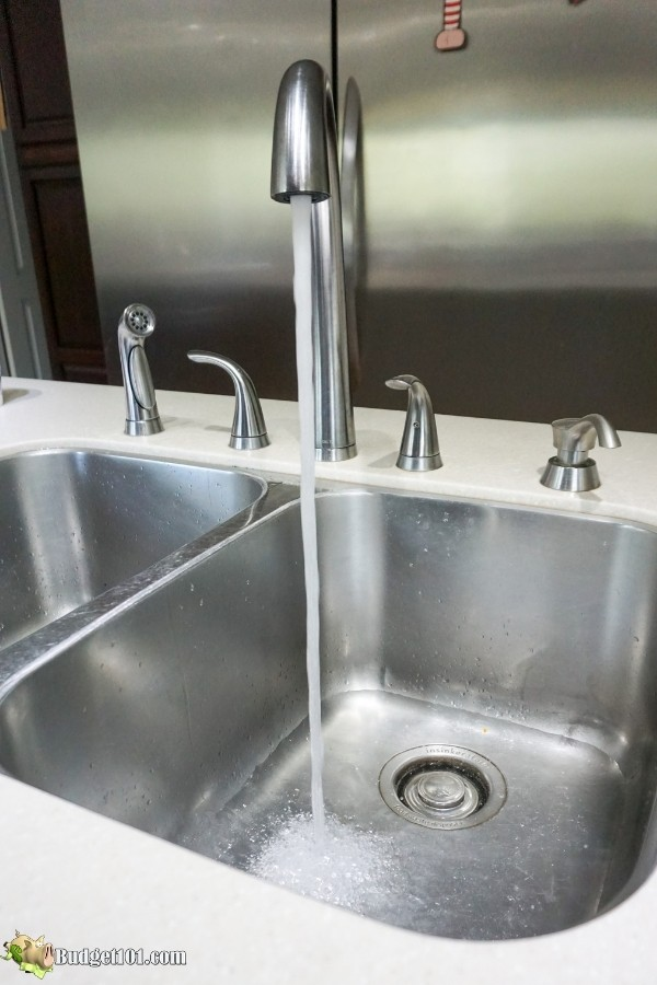 fill sink with cold water thaw turkey fast