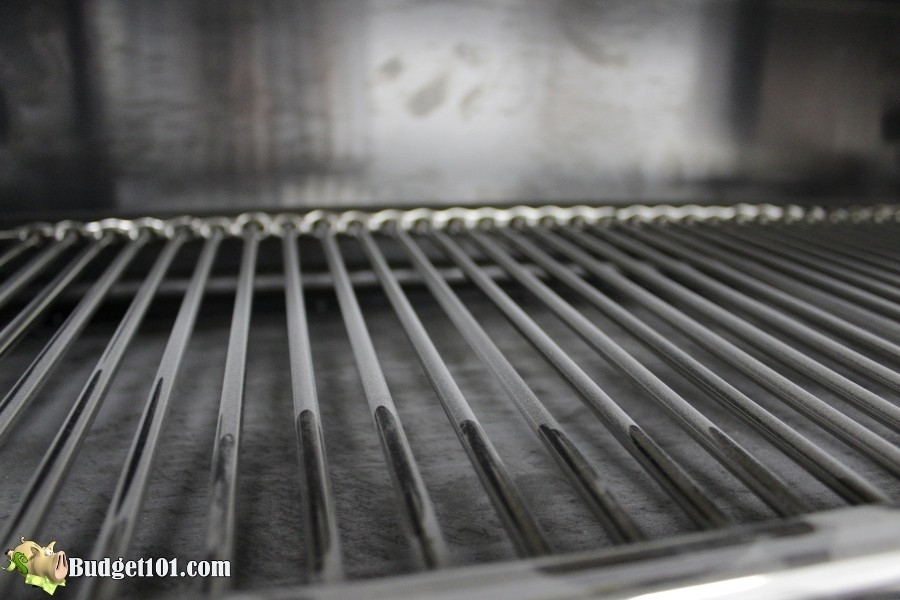 cleaning rusty grill grates