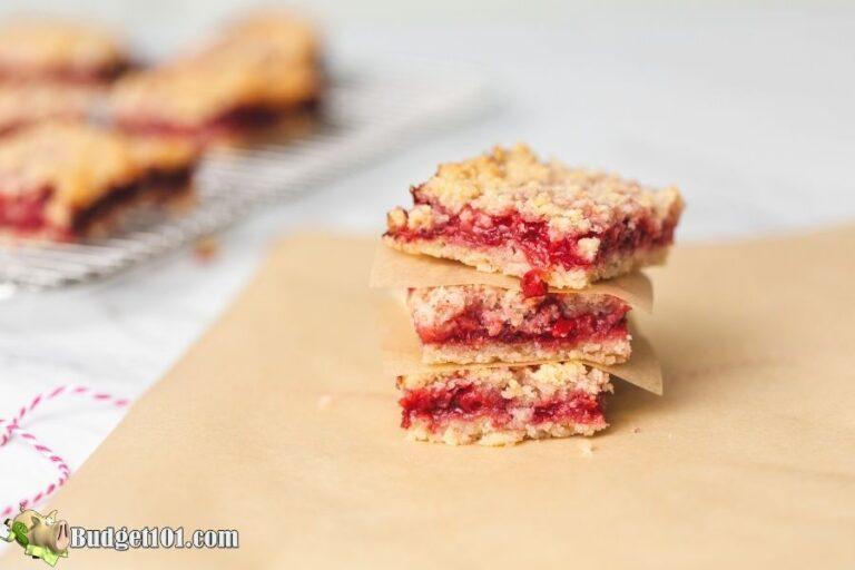 strawberry oat crumb bars 1